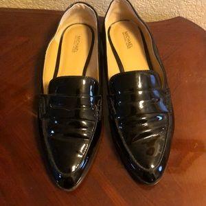 Beautiful black shoes 10m.